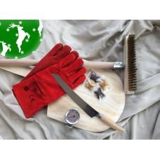 Ultimativ julegave - Børste, spade, handsker, termometer, pizzakniv og chokolade